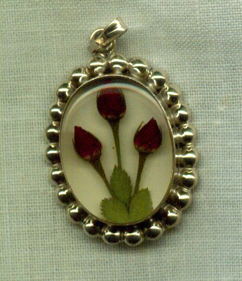 Fiora Rose Pendant -Medium